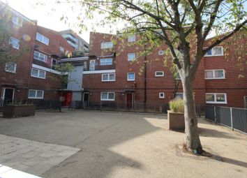 3 bed maisonette to rent in Oban Street, London E14