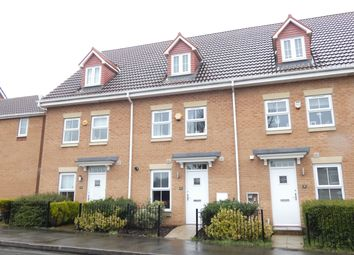 3 bed town house for sale in Kings Park, Birstall, Batley WF17