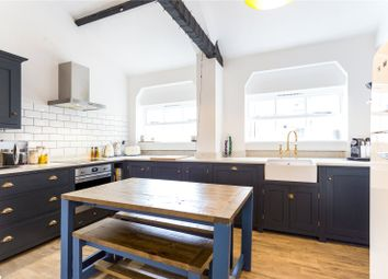 Bridewell Place, London E1W. 3 bed flat