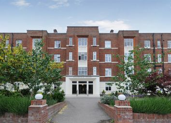 Thumbnail 2 bed flat for sale in Belsize Grove, London