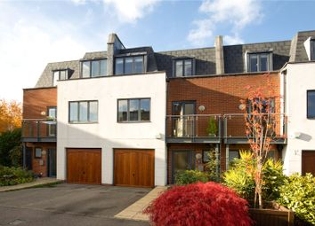 3 bed detached house for sale in Kings Gate, Horsham, West Sussex RH12