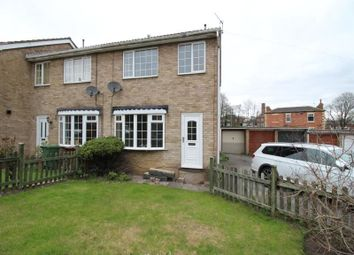 Thumbnail 3 bed property to rent in Knoll Close, Ossett