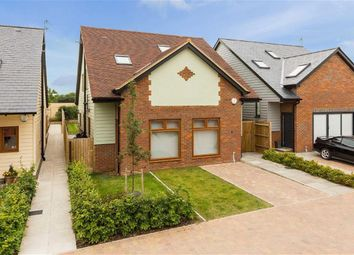Thumbnail 3 bed detached house to rent in Roundhouse Farm, Colney Heath, Hertfordshire
