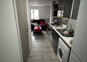 3 bed flat to rent in Russell Street, Cathays, Cardiff CF24