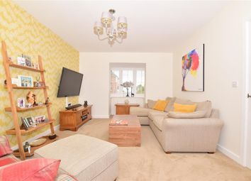 Kennards Road, Coxheath, Maidstone, Kent ME17. 4 bed detached house