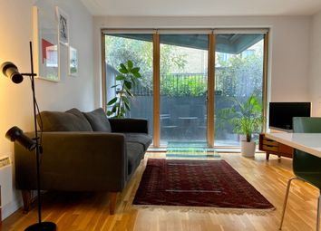 Provost Street, London N1. 1 bed flat for sale