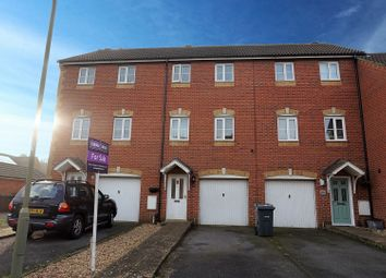 Thumbnail 3 bedroom town house for sale in Leander Drive, Gosport