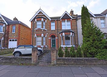 Thumbnail Flat to rent in Princes Road, Flat A, Wimbledon