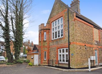 Thumbnail 2 bed flat to rent in The Courtyard, Lower Kings Road, Berkhamsted
