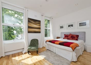 Thumbnail 3 bed property for sale in Hammersmith Grove, London