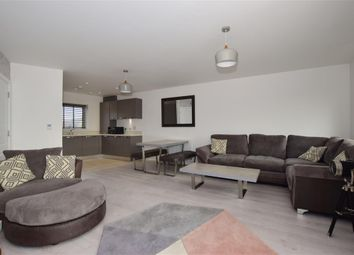 1 bed flat for sale in Buffkyn Way, Maidstone, Kent ME15