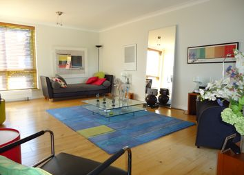 Thumbnail Flat for sale in Vicarage Crescent, Battersea Square