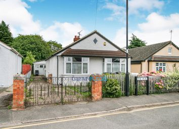 Thumbnail 3 bed bungalow for sale in The Spur, Burnham, Slough