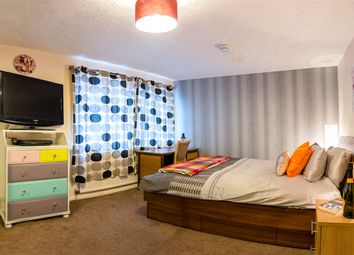 1 bed property to rent in Wayside Mews, Maidenhead SL6