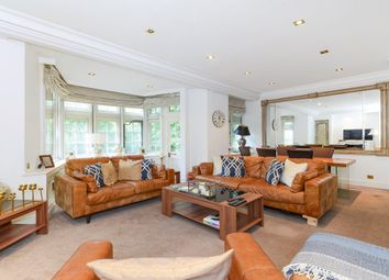 2 bed property to rent in Parkside, Knightsbridge, London SW1X