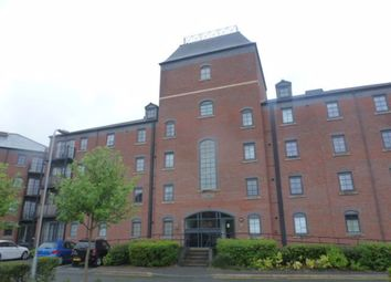 2 bed flat to rent in Elphins Drive, Warrington WA4