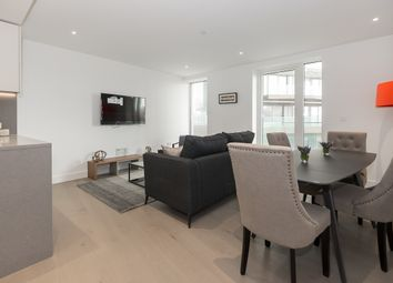 Thumbnail 1 bed flat to rent in London Dock, Vaughan Way