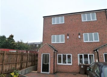 Thumbnail 4 bed town house to rent in Greenwood Court, Agbrigg, Wakefield