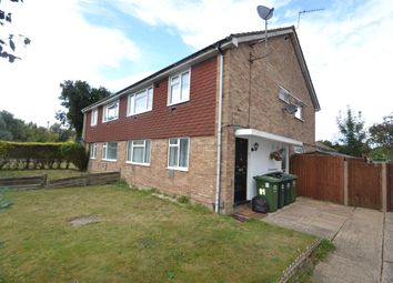 2 bed maisonette to rent in Benen-Stock Road, Staines TW19