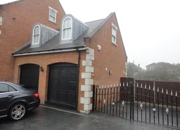 Thumbnail Studio to rent in Wraysbury Road, Staines