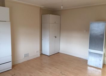 Room to rent in Rosenthal Road, London SE6