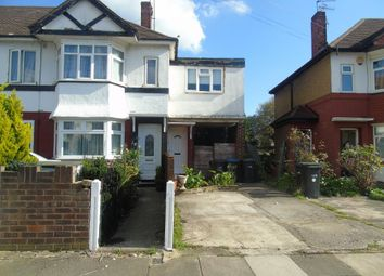 Thumbnail 2 bedroom flat to rent in Glenloch Road, Enfield