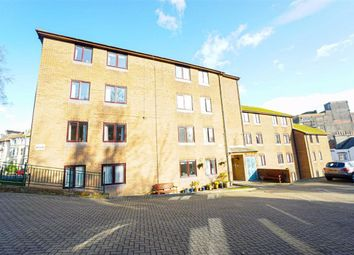 Thumbnail 1 bedroom flat for sale in Holmesdale Gardens, Hastings, East Sussex