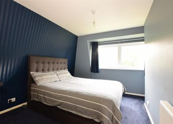 Thumbnail 2 bedroom maisonette for sale in Thorne Close, Erith, Kent