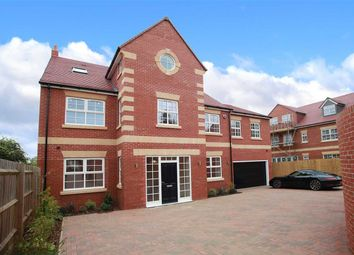 Thumbnail 6 bed detached house for sale in Hatton Park Road, Wellingborough