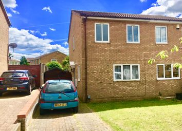 Thumbnail 3 bed detached house to rent in Falstone Green, Luton