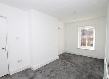 Thumbnail 2 bed flat to rent in Fitzalan Road, Littlehampton
