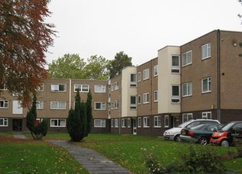 Thumbnail 2 bed flat to rent in Brooklands Road, Sale
