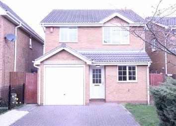 Thumbnail 3 bed detached house to rent in Harris Close, Wickford, Essex
