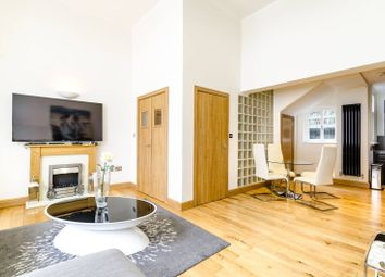 2 bed maisonette to rent in Harrington Gardens, South Kensington, London SW7