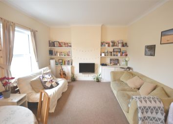 Thumbnail 2 bed flat to rent in Fernlea Road, Balham