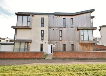 Thumbnail 2 bed flat for sale in Faringdon Court, Basingstoke