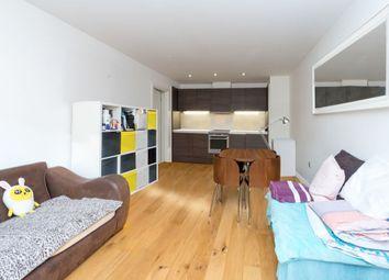 2 bed flat for sale in Crampton Street, London SE17