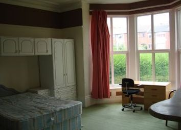 Thumbnail 1 bed flat to rent in 201 Belle Vue Road, Leeds