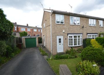 Thumbnail 3 bed town house for sale in Knoll Close, Ossett