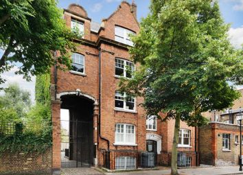 Thumbnail 2 bed flat to rent in Cloudesley Square, London