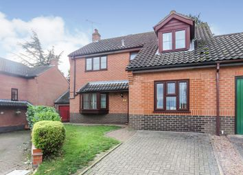 Thumbnail 5 bedroom link-detached house for sale in Ice House Court, Long Stratton, Norwich