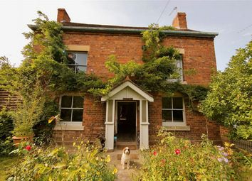 Haw Bridge, Tirley, Gloucestershire GL19. 5 bed detached house