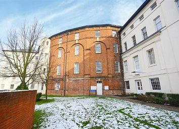 Thumbnail 3 bed flat to rent in The Crescent, Gloucester