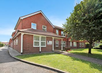Thumbnail 1 bedroom flat for sale in Gainsborough Lodge, South Farm Road, Broadwater, Worthing