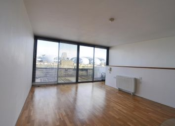 Thumbnail 2 bedroom flat to rent in Lilycroft Road, Bradford