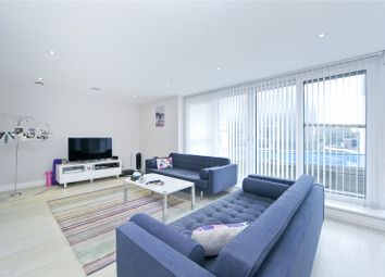 Thumbnail 2 bed flat to rent in Goswell Road, Islington, London