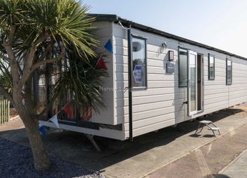 Thumbnail 2 bedroom mobile/park home for sale in Carr Road, Felixstowe