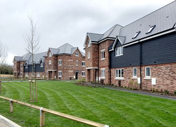 Thumbnail 2 bedroom flat for sale in Humphrey Place, Potters Gate, Chichester