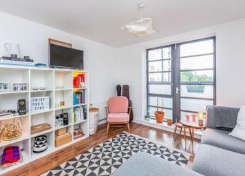 Thumbnail 2 bed flat for sale in 72-74 De Beauvoir Crescent, London