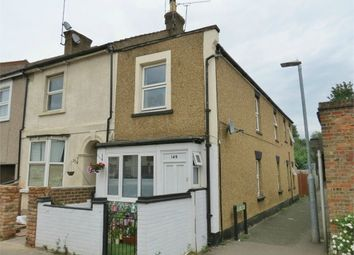 2 bed flat for sale in Queens Road, Watford, Hertfordshire WD17